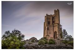 Castillo del agua (janoremo) Tags: castillo nubesenmovimiento atardecer
