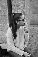 (ritzx) Tags: gir rapariga smoking smoke fume fumo fumar black white preto e branco bw