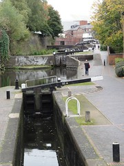 2017 10 11 225 Birmingham (Mark Baker.) Tags: 2017 baker eu europe mark october autumn birmingham bridge britain british city day england english european fall farmers flight gb great kingdom lock locks midlands outdoor photo photograph picsmark uk union united urban west