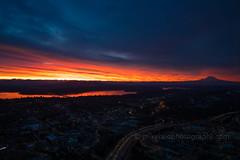DSC02526 (www.mikereidphotography.com) Tags: sunrise seattle skyviewobservatory rainier 85mm 200mm 1635mm mirrorless sony canon