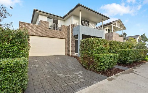 8 Riverbank Dr, Kellyville Ridge NSW 2155