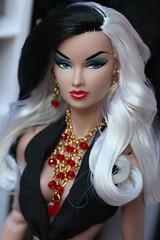 Anja as Cruella (Isabelle from Paris) Tags: fashion royalty supermodel convention anja reroot isabelle paris jewels cruella de vil