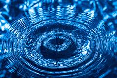 Test #01 (albertosicchiero) Tags: water splash photography acqua gocce strobist flash