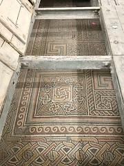 7 - A Születés temploma eredeti padlózata / Pôvodná podlaha Baziliky Narodenia Pána