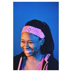 Sinmile (yoosma1) Tags: portrait girl blue green pretty enjoy gel lights nikon d7100 d3100 city photography photo