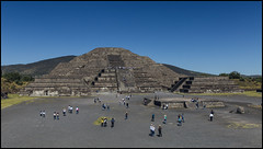 _SG_2017_11_0151_IMG_1653 (_SG_) Tags: mexiko mexico urlaub holiday roundtrip rundfahrt méxico méjico vereinigte mexikanische staaten spain spanish flag united mexican states estados unidos mexicanos teotihuacan nahuatl pronunciation view avenue defrom pyramid moon ancient temple aztecs