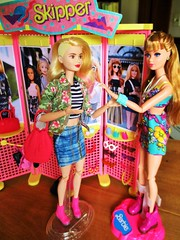 That looks great on you (flores272) Tags: midgedoll lagirlbarbie skipper cooltopsskipper barbiedoll barbie barbiefashionistas barbieclothing madetomovebarbie doll dolls toy toys