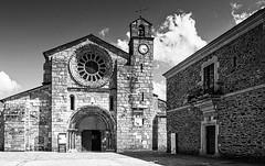 Iglesia de Santa María de Meira (Lugo) (Miguelanxo57) Tags: iglesia monasterio románico cisterciense arquitectura meira lugo galicia nwn