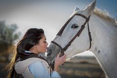 La chica que amaba a los caballos (javipaper) Tags: horses woman girl caballos love amor sensibilidad sentimiento feeling