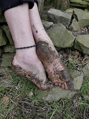 Glorius Mud! (Barefoot Adventurer) Tags: barefoot barefooting barefoothiking barefeet barefooter barefooted baresoles barfuss muddysoles muddyfeet muddy mud gloriousmud wrinkledsoles toughsoles naturalsoles naturallytough arches arch toes grimysoles grounding roughsoles ruggedsoles earthing earthsoles earthstainedsoles energy leathertoughsoles toughheel tough