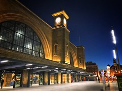Kings Cross station, London (phil_male) Tags: station morning kingscross