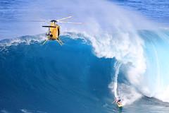 IMG_4486 copy (Aaron Lynton) Tags: peahi jaws challenge lyntonproductions maui hawaii surf surfing wsl canon 7d
