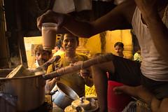 17 11 Kolkata (Time to try) Tags: india kolkata streetlife yellow chai portrait leica leicaq market