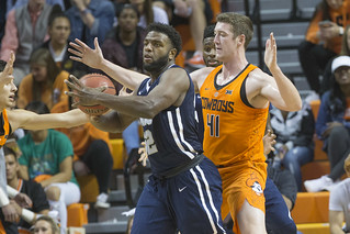 Oklahoma State Cowboys vs Oral Roberts Golden Eagles Basketball Game, Thursday, November 16, 2017, Gallagher-Iba Arena, Stillwater, OK. Bruce Waterfield/OSU Athletics