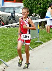 Hurt (Cavabienmerci) Tags: kids triathlon vevey 2017 corseaux sur switzerland suisse schweiz kid child children boy boys run race runner runners lauf laufen läufer course à pied sport sports running triathlete