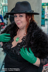 2017-10-28-LACC-95 (Robert T Photography) Tags: roberttorres robertt robert torres roberttphotography serrota serrotatauren canon losangelesconventioncenter stanleeslosangelescomiccon stanleeslosangelescomiccon2017 lacc comikaze comikazeexpo comikaze2017 cosplay ouat onceuponatime disney onceuponacosplay