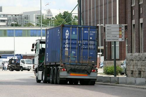 Auf umgekehrten Güterwegen: Westhafen Berlin