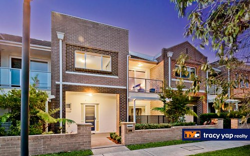 33 Birchgrove Crescent, Eastwood NSW