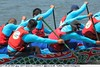 2017-05-29 0561 Taipei Dragon Boat Festival 2017 - Dajia Riverside Park (Badger 23 / jezevec) Tags: dragon dragonboat festival taiwan history culture travel tourism duanwufestival zhongxiaofestival 忠孝節 龍船節 龍舟節 端午节 端午節 龍舟 龙舟 龍船 龙船 taipei ֵ台北 臺北市 taipeh taןpeh ταϊπέι 타이페이 тайбэй 台北市 ტაიბეი تايبيه taibei đàibắc taipé tchajpej rowing sports boat barco шлюпка 배 ボート barca βάρκα bateau 小船 člun veneillä csónak łódź boating vessel photo picture image watersports watercraft asia tradition teamwork water 大佳河濱公園 dajiariversidepark