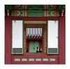 Indiscrétion / Séoul - Palais royal (PtiteArvine) Tags: coréedusud seoul palaisroyal selfie fenêtre couleurs décorations asie