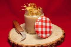 Bar Chanffix - Crema de champiñones con chip de morcilla ibérica y puerro crujiente