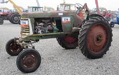 Oliver Super 66 Row Crop (samestorici) Tags: trattoredepoca oldtimertraktor tractorfarmvintage tracteurantique trattoristorici oldtractor veicolostorico 70 60