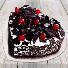 Cake (wajidwinni) Tags: cakedelivery cakes flowers gifts love wedding cake birthday winni heart shaped