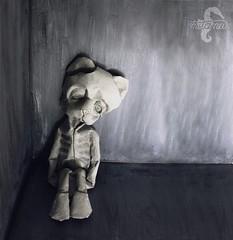 Childhood (mitanei) Tags: mitanei origami origamikünstler origamiartist paperbear bear teddybear animals human danielchang paperart papierkunst papierskulptur papersculpture childhood starving