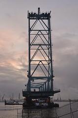 Demontage Botlekbrug (Hugo Sluimer) Tags: portofrotterdam port haven nlrtm onzehaven botlekbrug nederland zuidholland holland botlek