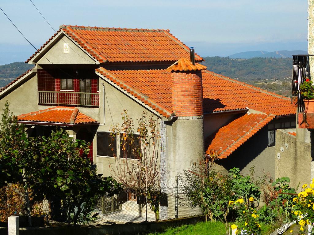 Águas Frias (Chaves) - ... uma casa na Aldeia ...