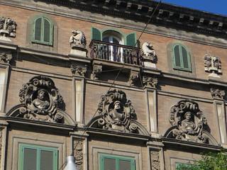 Palazzo Firrao (XVIIe) piazza Vincenzo Bellini, Naples, Campanie, Italie.