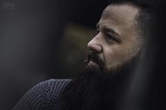 Daniel (SBW-Fotografie) Tags: sbw sbwfoto sbwfotografie canon canon80d 80d portrait porträt 100mm mann man bart beard gesicht face availablelight existinglight naturallight attitude