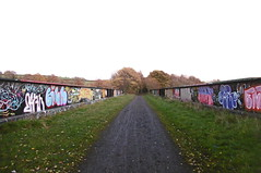Former railway bridge across  M1,  Dodworth  Silkstone - Wath old railway    November 2017 (dave_attrill) Tags: bridge dodworth m1 motorway great central railway electrified woodhead sheffield victoria manchester picadilly closed 1970 1955 stocksbridge engine transpennine upper don trail penistone wortley wadsley neepsend dunford thurgoland tunnel oxspring barnsley junction huddersfield allweather cycleway bridleway footpath remains silkstone 2016 1981 dove valley no1 road tr worsbroughbranch