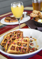 IMG_0118 (canerossotx) Tags: austin atx healy brunch cereal waffle fruity pebbles