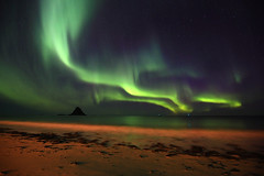 Up in the Sky (hapulcu) Tags: northernlights bleikaurora norwaynorgenorvegianorueganorgearcticautumnautomneautunnotoamnahøstherbst night