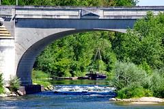 1229 Val de Loire en Août 2017 - Tours, au bord de la Loire au Pont Wilson (paspog) Tags: tours france loire valdeloire river rivière fleuve fluss wasser water eau pontwilson pont bridge brücke