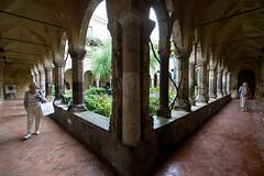 Sorrente - Cloître San Francesco - (Noir et Blanc 19) Tags: sorrente italie cloître églises sony a77