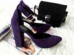 Женские туфли босоножки с закрытой пяткой на толстом устойчивом каблуке с ремешком фиолетовые замшевые (azzafazzara) Tags: туфли обувь
