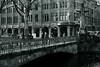 late late autumn light@bridge on Kö-Graben(moat), Düsseldorf 2 (Amselchen) Tags: bridge water mono kö düsseldorf season lateautumn bnw blackandwhite sony a7 alpha7 zeiss carlzeiss sonnart1855 sonnar1855za fe55mmf18za sonyilce7