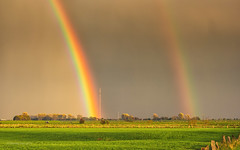 Bislicher Insel - Regenbogen (moni-h) Tags: bislicherinsel deutschland herbst2017 landscape landschaft nrw niederrhein nordrheinwestfalen november2017 olympusm1240mmf28 olympusomdem1 wiesen wolken xanten wesel de regenbogen