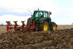 Autumn Plowing (Winiarsky) Tags: john deere 6830p jd premium opall agri jupiter140 canon eos 70d autumn plowing