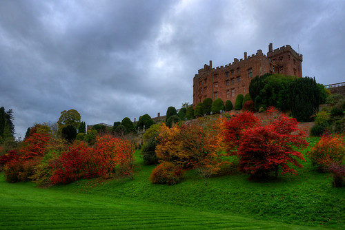 POWIS CASTLE, WELSHPOOL, POWYS, WALES, UNITED KINGDOM.