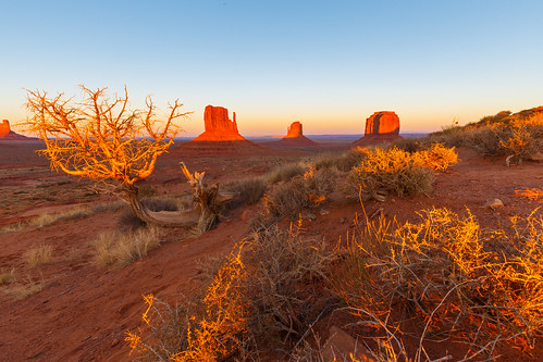 Sunset in Monument Valley