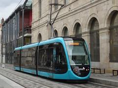 Besançon: Ginko Tram 802 (harry_nl) Tags: france 2017 besançon ginko tram transdev 802 caf urbos
