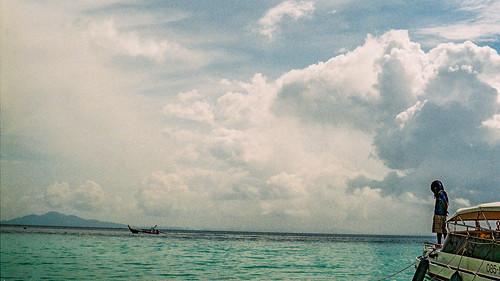 Casual Paradise 1.0 | Nikon FE2 | Nikkor 50mm (f1.8)