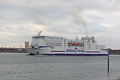 DSC_2004-1 (John.Walton) Tags: portsmouth portsmouthsouthsea cityofportsmouth hants hampshire england uk brittanyferries montstmichel roro ferry caen france northernfrance brittany departing