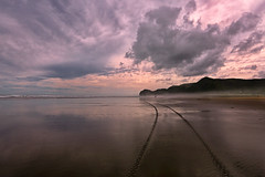 Off the Beaten Track (lfeng1014) Tags: offthebeatentrack pihabeach piha aucklandregion northisland newzealand nz beach blacksandbeach blacksand reflection water sea ocean tasmansea cloud landscape canon5dmarkiii ef1635mmf28liiusm travel lifeng sky tracks beachwalk mirror