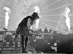 slash_detroit171102 (gnrtour) Tags: gunsnroses notinthislifetime northamerica november 2017 gnfnr gnr gr usa detroit detroitmi littleceasarsarena slash notinthislifetimearenasnorthamerica2017