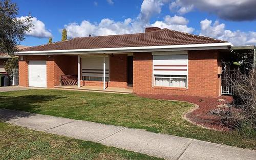 423 Schaefer Street, Lavington NSW