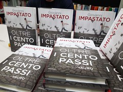 """presentazione libro oltre i cento passi (5) • <a style=""""font-size:0.8em;"""" href=""""http://www.flickr.com/photos/99216397@N02/37706874275/"""" target=""""_blank"""">View on Flickr</a>"""